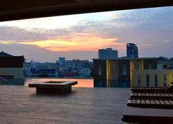 D Xpress Apartment - Pattaya - Extérieur