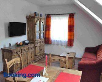 Familie Stoier - Reichenau an der Rax - Living room