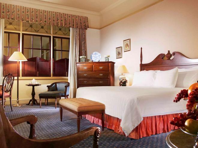 Hotel Majapahit Surabaya - Managed by AccorHotels - Surabaya - Phòng ngủ
