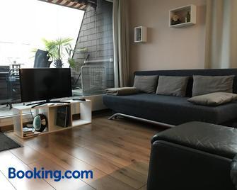 Haus Eleisa - Ingenbohl - Wohnzimmer