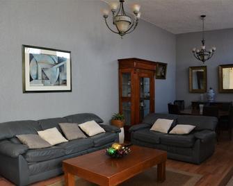 Casa Marfil - Hostel - Lagos de Moreno - Living room