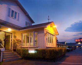 Motel Belle Rivière - Saint-Jean-sur-Richelieu - Gebouw
