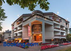 Tauras Center Hotel - Palanga - Edificio