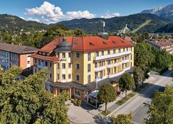 Hotel Vier Jahreszeiten - Garmisch-Partenkirchen - Budynek