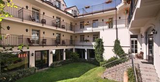 Hotel Angelis - Praga - Edificio