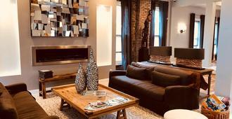 The Cochrane House Luxury Historic Inn - דטרויט - סלון