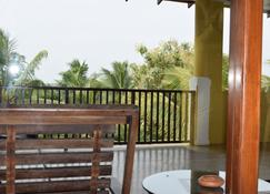 The Coconut Garden Hotel & Restaurant - Tissamaharama - Edificio