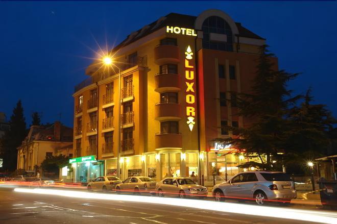 Hotel Luxor - Burgas - Κτίριο