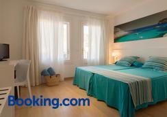 Hotel Capri - Port de Pollença - Bedroom
