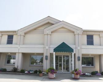 Prestige Inn West Lafayette - West Lafayette - Building