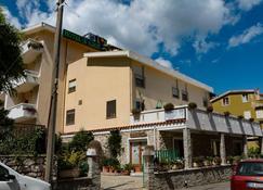 Hotel S'Adde - Dorgali - Rakennus