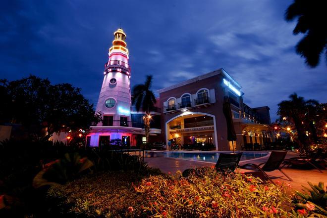 The Lighthouse Marina Resort - Subic Bay Freeport Zone - Building