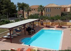 Residence Ionian St & Apts - Lassi - Zwembad