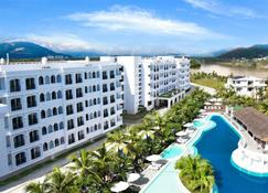 Cham Oasis Nha Trang Resort Condotel - Nha Trang - Building
