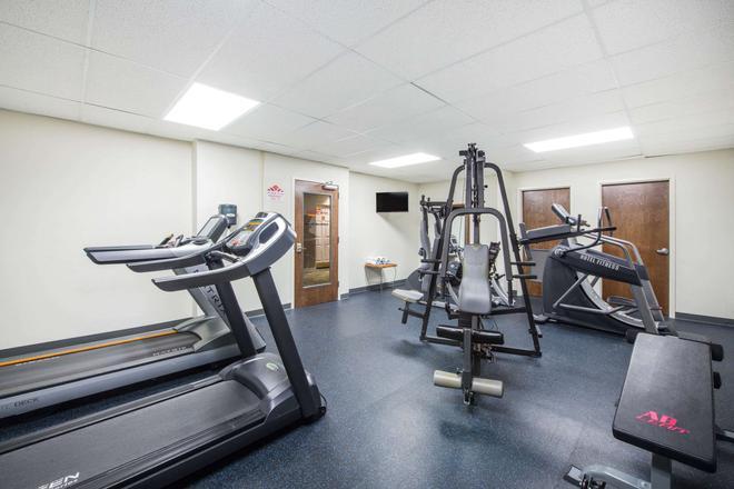 Hawthorn Suites by Wyndham El Paso Airport - El Paso - Gym