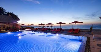 Terracotta Resort & Spa - Mũi Né - Piscina