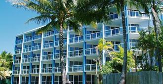 Ocean International - Mackay - Building