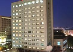 Yantai Pacific Ocean Hotel - Yantai - Edificio