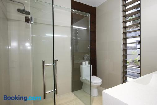 The Terraces Boutique Apartments - Port Vila - Bathroom