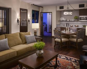 Plaza la Reina - Los Angeles - Huiskamer