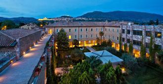 Hotel Cenacolo - אסיסי - נוף חיצוני