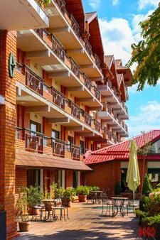 卡羅高爾夫酒店 - 布加勒斯特 - 布加勒斯特 - 建築