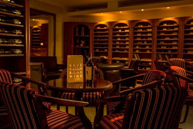Hotel Caro - Bucharest - Bar