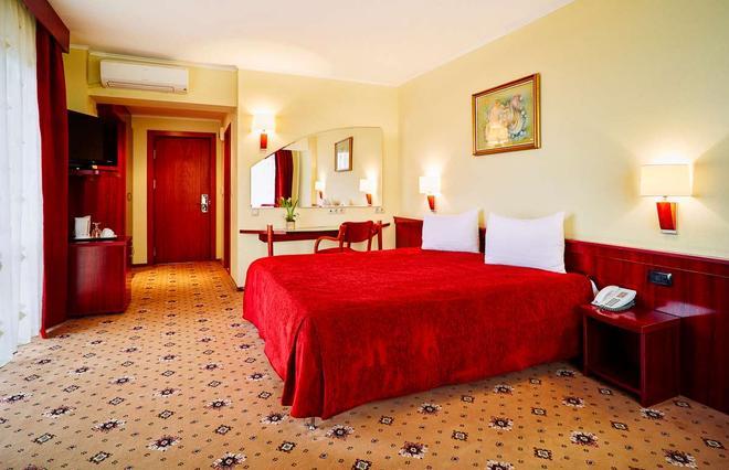 Hotel Caro - Bucharest - Bedroom