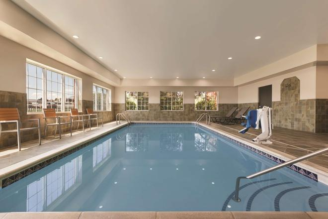 Country Inn & Suites by Radisson, Hagerstown, MD - Hagerstown - Uima-allas
