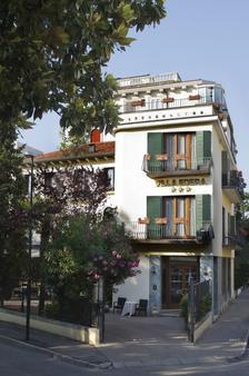 โรงแรมวิลล่าเอเดรา - เวนิส - อาคาร