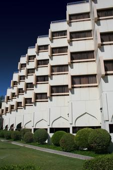 La Residence - Abu Dhabi - Building
