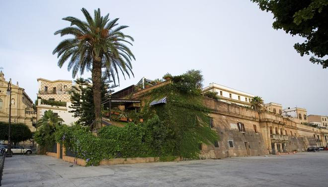 Cleopatra - Palermo - Outdoor view