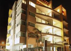 Condominio Marlica - Manzanillo - Building