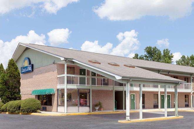 哥倫比亞戴斯酒店 - 東北傑克遜堡 - 哥倫比亞 - 哥倫比亞(南卡羅來納州) - 建築