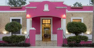 Hostal Rosa Mexicano - Mérida - Building