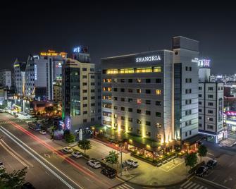 Shangria Beach Tourist Hotel - Mokpo - Gebäude