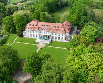 Hotel Schloss Storkau - Tangermünde - Building