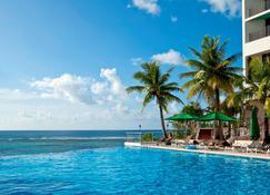 Guam Reef Hotel - Tamuning - Pool