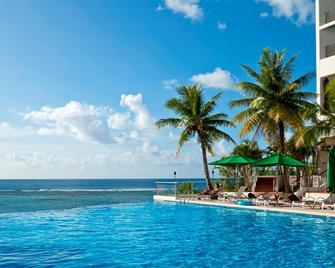 괌 리프 호텔 - 타무닝 - 수영장