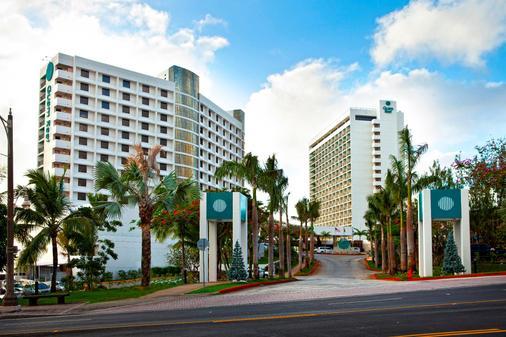 Guam Reef Hotel - Tamuning - Building