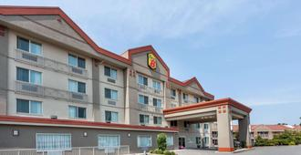 Super 8 by Wyndham Abbotsford BC - Abbotsford