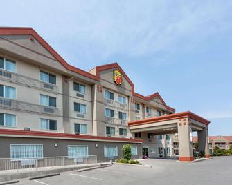 Super 8 by Wyndham Abbotsford BC - Abbotsford - Gebäude
