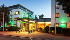 Holiday Inn Dresden - City South - Dresden - Gebouw
