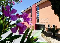 Hotel Mirta - San Simon Resort - Ізола - Вигляд зовні