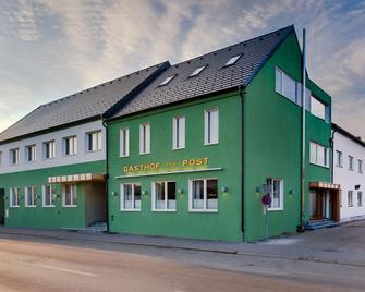 Hotel zur Post - Illmitz - Gebouw