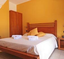 Iride Hotel