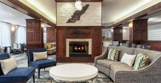 Homewood Suites by Hilton Erie, PA - Erie - Living room