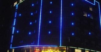 Xiangming Holiday Hotel - Xichang