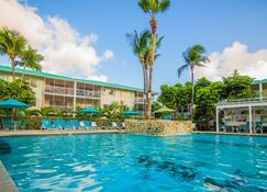 Seven Mile Beach Resort & Club - המפרץ המערבי - בריכה
