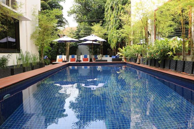 Manor House - Phnom Penh - Bể bơi